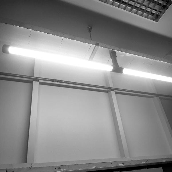 Koppelbare-Design-lamp-Aan