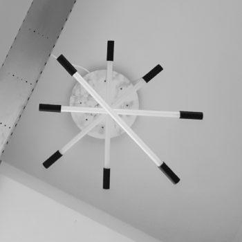 hanglamp-met-meerdere-lampen-onderkant-uit