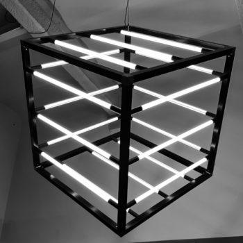Kubus-Lamp-18-LED-Buislampen-in-zijn-geheel