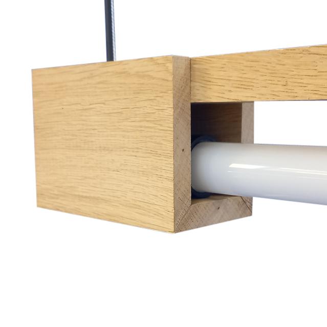 FLiRD Houten LED Buislamp detail voeding binnenkant